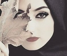 """Find and save images from the """"👑hijabista👑"""" collection by Mïss_îKã (ika_koka) on We Heart It, your everyday app to get lost in what you love. Hijabi Girl, Girl Hijab, Girly Pictures, Creative Pictures, Muslim Girls, Muslim Women, Beautiful Hijab, Beautiful Eyes, Blush Flower Girl Dresses"""