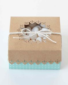 Frame Border Punch Cookie Box