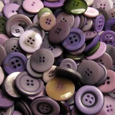 50g Mixed Buttons: HEATHER £3.45