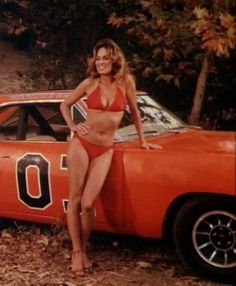 Catherine Bach as Daisy Duke & General Lee Catherine Bach, Sexy Cars, Hot Cars, Car Girls, Pin Up Girls, Mopar, General Lee Car, Sexy Autos, Dukes Of Hazard