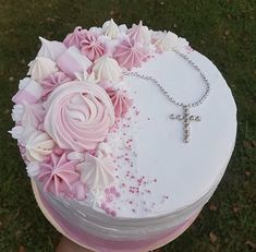 Fashion Cakes, Cata, Party Cakes, Vanilla Cake, Desserts, Communion, Ideas, Recipes, Cakes