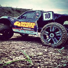 Thats how a body looks like after massive abuse #rc #rclife #rc4life #rcaction #traxxas #traxxasslash #slash #rccar