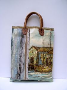 Bag and things made from old canvas paintings.