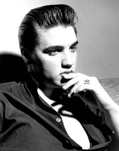 Rock and roll singer Elvis Presley poses for a portrait in circa 1960.