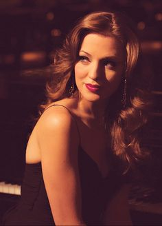 Laura Osnes… I think she may be one of the most beautiful people on this planet