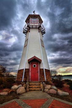 Mariner's Memorial Light, River Rouge, Michigan