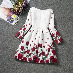 floral Parti Robes Filles Princesse Robe Enfants Vêtements Adolescente Filles Formelle Robe Enfants Vê Vintage Girls Dresses, Dresses Kids Girl, Girls Party Dress, Dresses For Teens, Kids Outfits, Party Dresses, Fashion Kids, Womens Fashion, Costume Prince