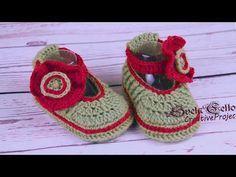 How to Crochet Baby Booties tutorial || Пинетки с цветком-застежкой крючком - YouTube
