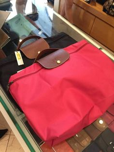 2015 Latest Cheap Longchamp handbags!! More less than $34.90!!! Pretty cool.The Best Gift For New Year!