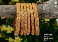 Gold Bangles Design, Gold Earrings Designs, Gold Jewellery Design, Designer Bangles, Necklace Designs, Real Gold Jewelry, Gold Jewelry Simple, Gold Mangalsutra Designs, Jhumkas Earrings