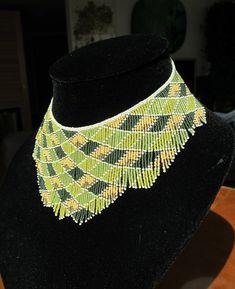 Semilla oro verde grano collar collar de abalorios de por AxmxZ