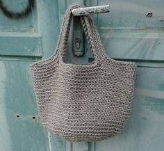 crochet bag (instructions not in English)