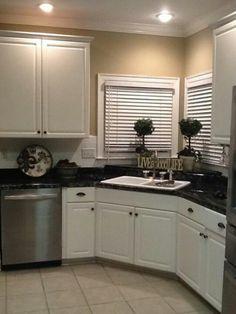 Love the kitchen sink in the corner