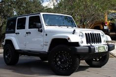 Used 2015 Jeep Wrangler Unlimited Sahara Stock # 528442 in League City, TX at Select Jeeps Inc., TX's premier pre-owned luxury car dealership. Come test drive a Jeep today! Jeep Sahara Unlimited, Sahara Jeep, White Jeep Wrangler Unlimited, 4 Door Jeep Wrangler, Jeep Wrangler Sahara, Jeep Wrangler Colors, Jeep Jeep, Jeep Convertible, Jeep Carros