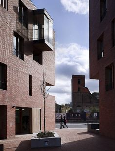 timberyard social housing - dublin - o'donnell tuomey - court