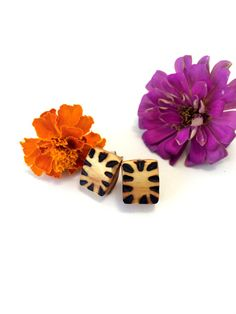 Tiger Stripe Rounded Square Earrings by FeathandKee on Etsy