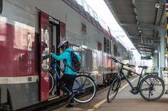 Do Štúrova sa dá jednoducho dostať vlakom aj s bicyklom. Foto: Miro Pochyba
