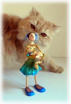 Cheshire Paper Clay Art, Paper Mache Crafts, Tinkerbell, Art Dolls, Disney Characters, Fictional Characters, Sculptures, Ceramics, Disney Princess