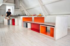 our own part of the house by Rocco Reukema and Fabiana Toni, Bed and Breakfast Casa la Rosa Rotterdam