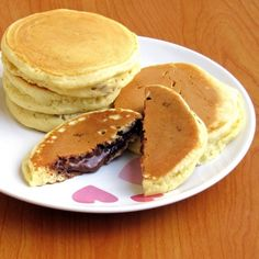 Nutella Stuffed Pancakes Nutella Pancakes, Crepes And Waffles, Sweet Recipes, Cake Recipes, Fast Easy Meals, Sweets Cake, No Cook Desserts, Pastry Cake, Food Cakes