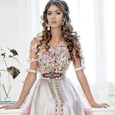 Caftan coloré ont adorent  #caftan2015 #caftantendance #marocbeauty #orientalewedding