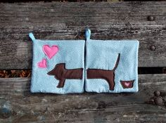 Puppy Love Pot Holder Set of 2 by marylandquilter on Etsy, $15.00