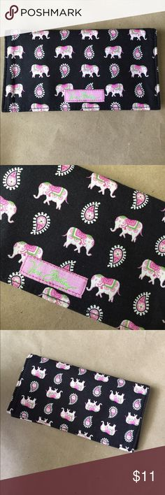 Vera Bradley checkbook cover! Vera Bradley elephant checkbook cover! Black with pink and white elephants! Gently used condition! 6.3/4x3.5 inches! Fabric cover! Vera Bradley Accessories