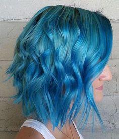Bob Hairstyles - blue short hairstyle - tousled bob haircut