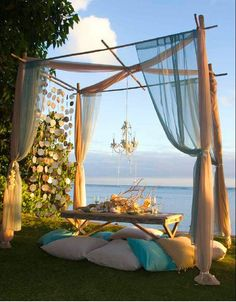Bohemian dining/entertaining/picnicking - beautiful outdoor space right next to the ocean