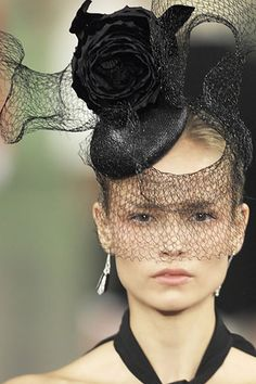 x ralph lauren 2008 | Ralph Lauren Spring 2008 Ready-to-Wear beautiful hat hard to pull of what a concept and so well done.....ill take hat as is.