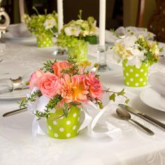 Wedding Decoration Ideas Western Wedding Decoration Ideas For Table With Small Flowers And Thin Candles On Round Table How to Decorate the Western Wedding Decorations