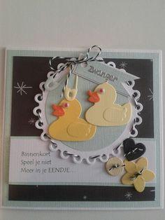 Zwangerschapskaart met 2 eendjes en tekst. Marianne Design, Baby Cards, Bad, Babies, Album, Stitch, Frame, Collection, Decorated Boxes