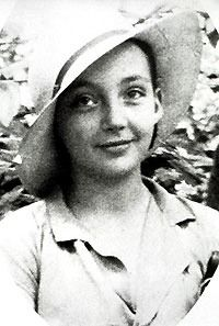 Marguerite Duras brilliant writer. She led a wild life.