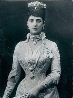 Vintage Photography: Alexandra of Denmark - Princess of Wales, Mids 1880s - She was later queen-empress consort as the wife of King Edward the VII of the United Kingdom - found at http://retro-vintage-photography.blogspot.com/2011/06/pss-alexandra-of-wales-mids-1880s.html#