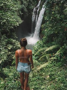 Aling Aling Waterfall is absolutely breathtaking and one of the best adventures to be had in Bali. See my Ultimate Guide to Aling Aling Waterfall + photos! Bali Waterfalls, Waterfall Photo, Travel Goals, Travel Plan, Travel Couple, Amazing Destinations, Trip Planning, Travel Photos, Traveling By Yourself