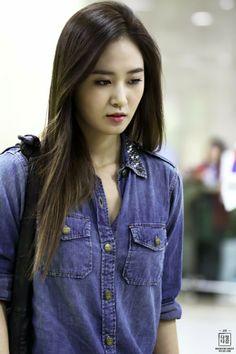 Check out Girls Generation @ Iomoio Yoona, Kim Hyoyeon, Snsd Fashion, Pop Fashion, Girl Fashion, Female Fashion, Girl Day, My Girl, Korean Beauty