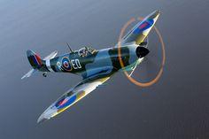 Amazing homebuilt Spitfire | by Experimental Aircraft Association