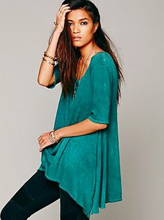 You don't have to sacrifice style for comfort with this trapeze cut tee shirt made from super soft cotton. (via @Penny Douglas People www.freepeople.com)