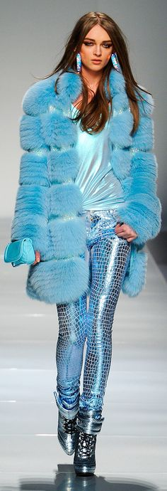 OMG mix of 90s and 80s is back :D I hate it so much that I love it and that girl looks fabulous :) - Blumarine always knows how to impress  Sky Blue Metallics ~ Ready To Wear from Blumarine :: Fall 2012