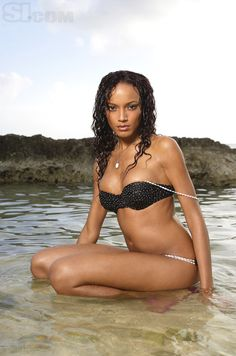 Selita Ebanks - Sports Illustrated Swimsuit 2008 Location: Grand Cayman, Cayman Islands, Cayman Islands Photographed by: Walter Iooss, Jr.