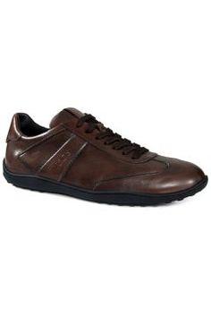 Tod's - Sneakers aus Leder https://modasto.com/tods/erkek-ayakkabi/br3398ct82 #erkek