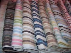 Kijiji - Buy, Sell & Save with Canada's Local Classifieds Textiles, Tapestry Weaving, Couture, Quebec, Stitch Fix, Arts And Crafts, Stripes, Interior Design, Spring