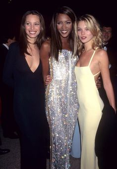 Seeing Cindy Crawford, Helena Christensen, and other '90s supermodels reunite for a pretty epic photo shoot yesterday got us feeling a bit nostalgic for the days when Naomi Campbell, Kate Moss, Linda Evangelista, and Christy Turlington sashayed down the runways, wore the most amazing clothes, and basically made life look like the ultimate party. They were the OG Girl Squad! Today's top models, such as Kendall Jenner, Cara Delevingne, Karlie Kloss, and Gigi Hadid are carrying on the torch of…