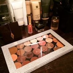Trisha W.'s Review Image Z Palette, Magnetic Palette, Make Makeup, Benefit Cosmetics, Beauty Review, Beauty Blender, Makeup Collection, Silver Glitter, Body Lotion