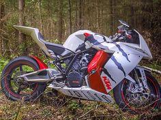 2015 KTM 1190 RC8 R Monster White Edition