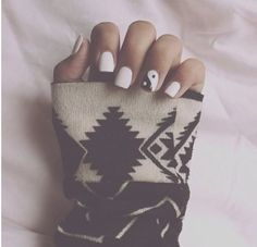 This Pin was discovered by Nails Inspiration. Discover (and save!) your own Pins on Pinterest. | See more about nail arts, white nails and black nails.