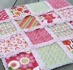 I want to make one of these!! Basic Rag Quilt - Craftsy Member Pattern