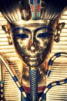 The Great King Tut's  Golden Mask!