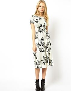 Would love this look on an inverted triangle body shape! Asos Midi Skater Dress In Mono Floral on shopstyle.com.au