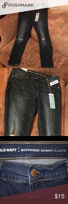 Old Navy distressed boy friend jeans sz 2 NWT NWT~ old navy Boyfriend Skinny jean  Sz 2 regular Old Navy Jeans Skinny